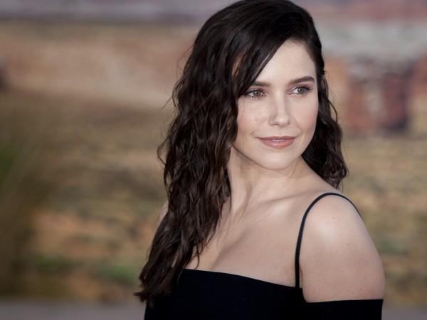 София Буш призна, че са я карали да снима сцени