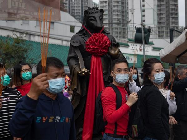 Китайският град Ухан е напълно изолиран. Заради коронавируса никой не