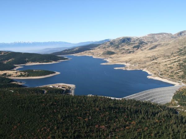 На фона на водната криза - остър дефицит на хидроинженери