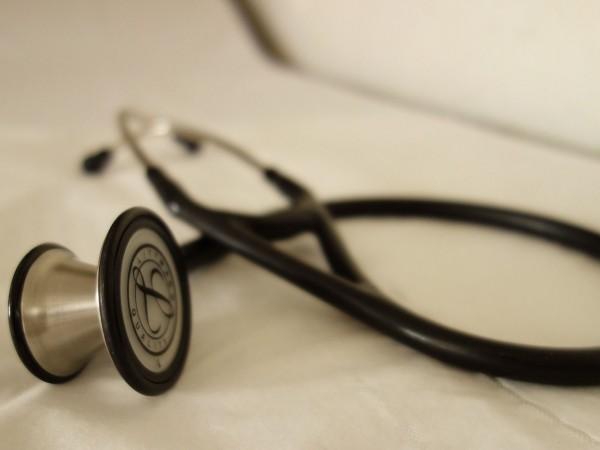 Лекарите и зъболекарите ще имат право да отказват преглед и