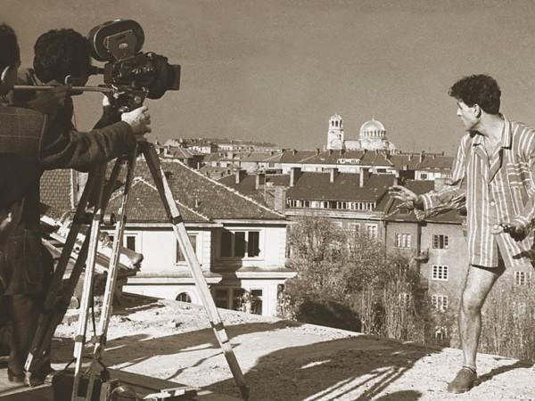 Работни моменти и кадри от емблематични български филми, снимани в
