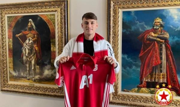 ЦСКА взе халф от втория отбор на Ювентус