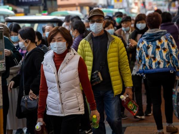 Заразяването с новия китайски коронавирус, който предизвиква пневмония от нов