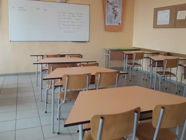 Ученици от Сливен настояват за обявяване на грипна ваканция. 256