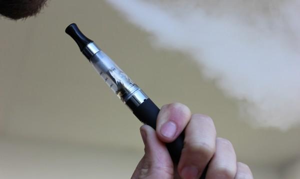 Как светът прие становището на СЗО за е-цигарите?