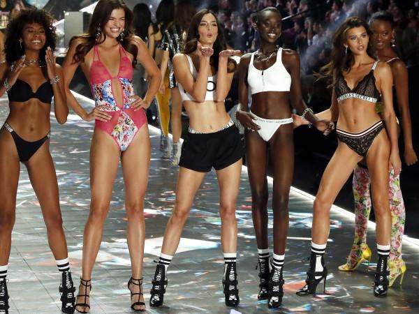 За обикновените жени Victoria's Secret означаваше женственост и сексапил. За