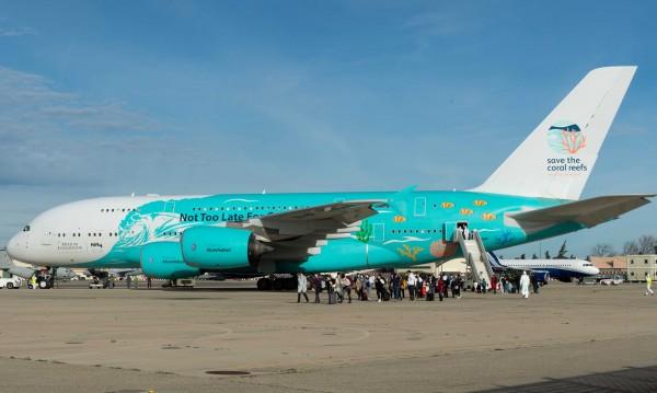 36 души във френския самолет от Ухан с признаци за коронавирус