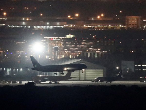 Канадец върна обратно полет, след като предизвика паника на борда