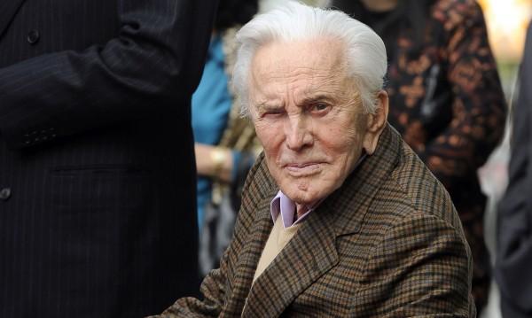 Актьорът Кърк Дъглас почина на 103 години