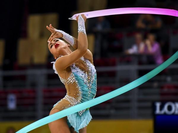 Руска гимнастичка, четирикратна световна шампионка по художествена гимнастика Александра Солдатова