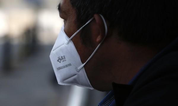 Казахстан спря да внася пратки от Китай