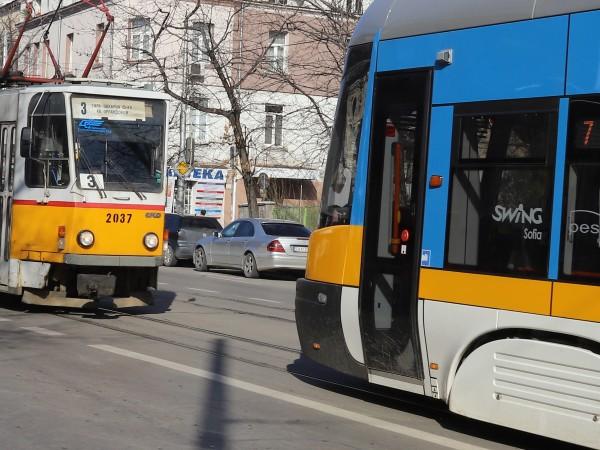 Центърът за градска мобилност поетапно премахва апаратите, от които пътниците