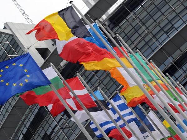 Европейската комисия очаква преговорите за присъединяване на Северна Македония и