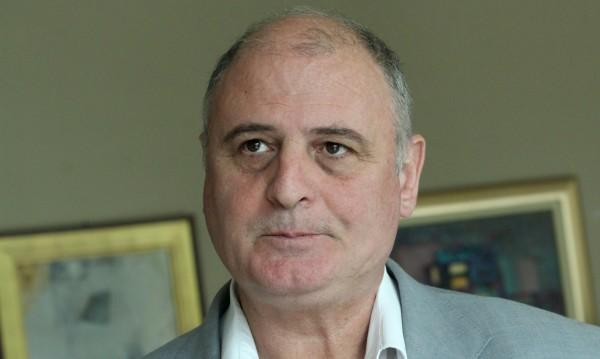 Николай Радулов: Народът е беден, затова и краде!