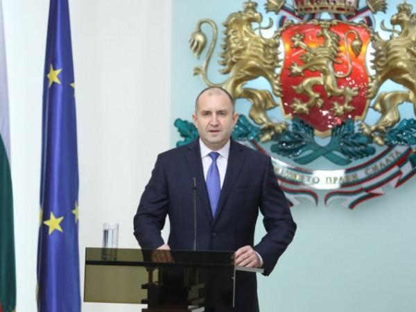 Според президента Румен Радев енергетиката в България е изправена пред