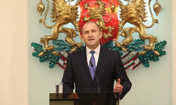 Радев: Знае ли премиерът, че подслушването на президента е грубо наушение?