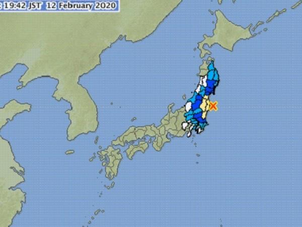 Две земетресения почти по едно и също време са разтресли