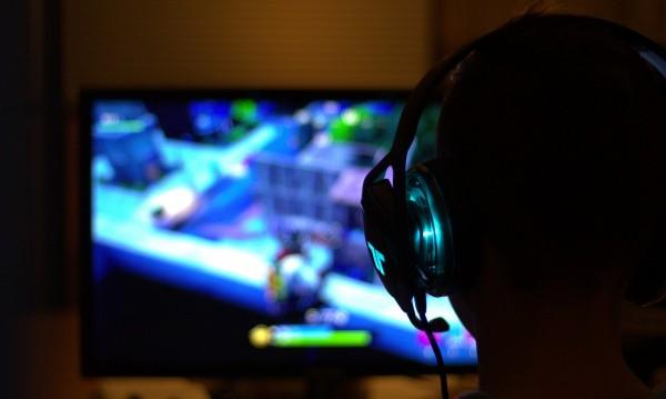Учени искат да правят AI, ще изследват мозъка на... геймъри