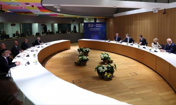 Международна донорска конференция набира средства за Албания