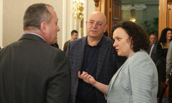 Ревизоро иска бързи санкции за площадки за отпадъци