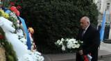 Борисов поднесе цветя пред Левски: Винаги ще бъде символ на България!