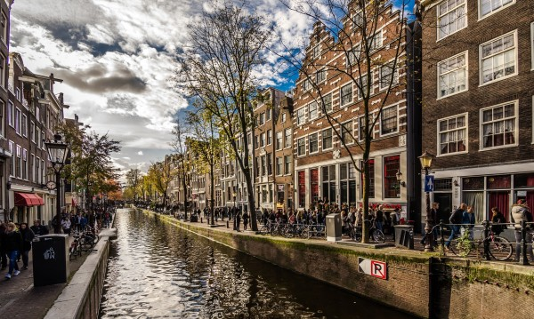 Brexit предизвика рекорден брой инвестиции в Нидерландия