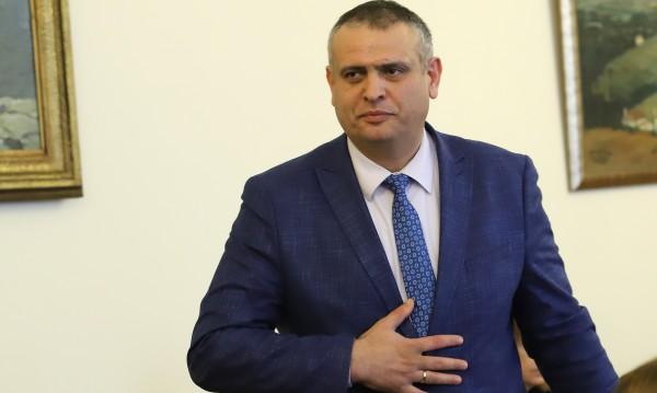 Шефът на АПИ: Не правим номерца на Бойко Борисов