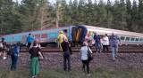 Влак дерайлира в Австралия, двама загинаха
