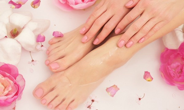8 причини за чупливи нокти