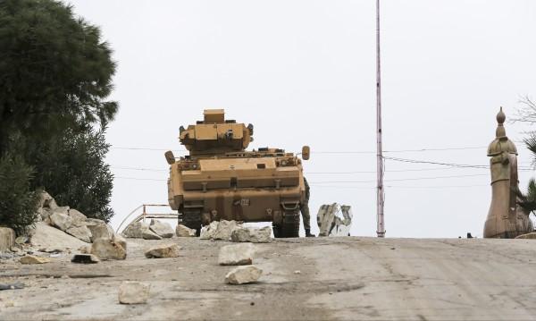 Сирийски военни са загинали при турски обстрел