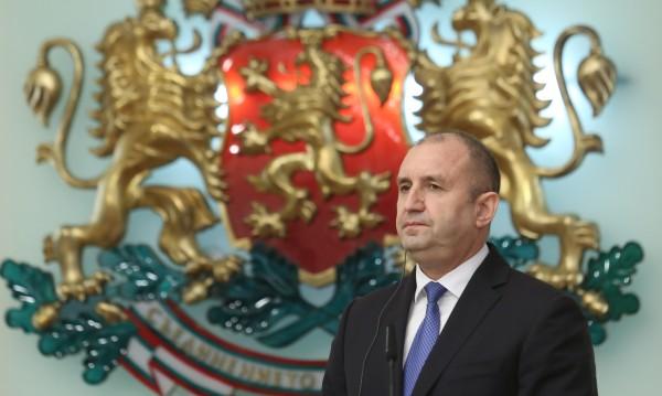 Радев настоя: Плащаме двойно за газа от Русия, Петкова да се замисли!