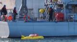 Кораб с китайски моряци акостира в Бургас