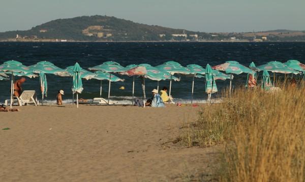 Ще останат ли българите на почивка у нас заради коронавируса?