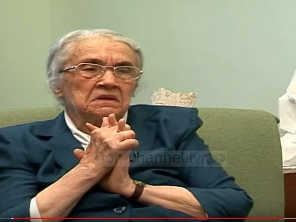 Неджмие Ходжа - вдовицата на бившия албански диктатор Ендер Ходжа,