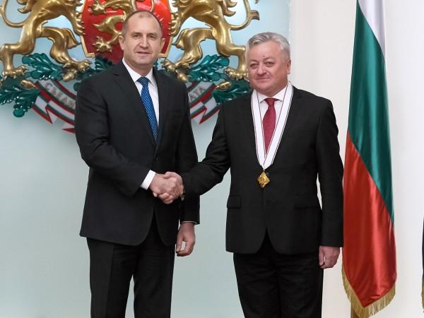 Държавният глава Румен Радев удостои посланика на Молдова у нас