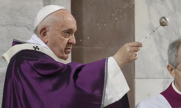"""Папа Франциск отмени проява заради """"леко заболяване"""""""