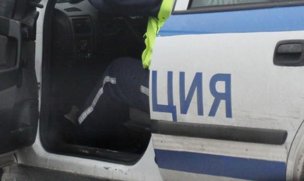 13 души са задържани при акция в Гоцеделчевско