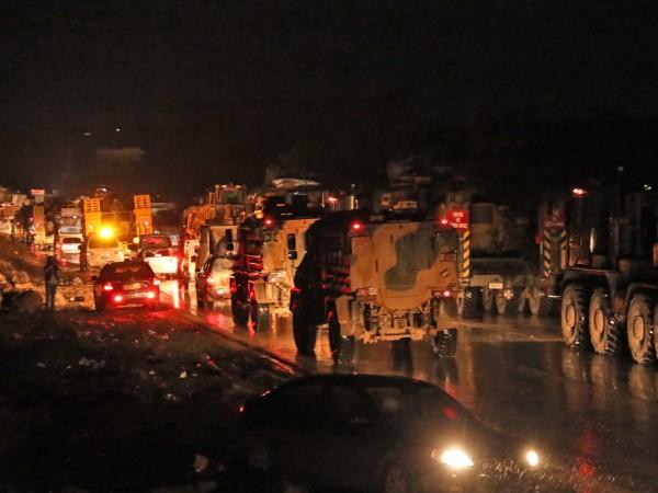 Най-малко 22 турски войници бяха убити при въздушни удари в