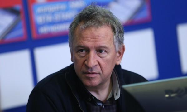 Д-р Стойчо Кацаров: У нас вече има заразени с коронавирус, няма нужда от паника
