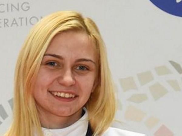 Българската състезателка Йоана Илиева е новата европейска шампионка на сабя