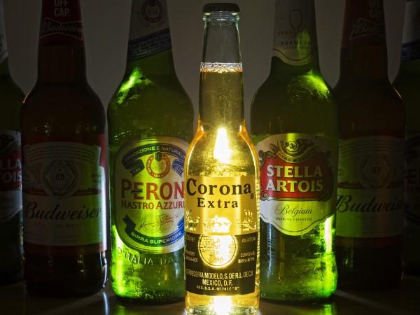 Компанията Anheuser-Busch In Bev, която е собственик на бирата Corona,