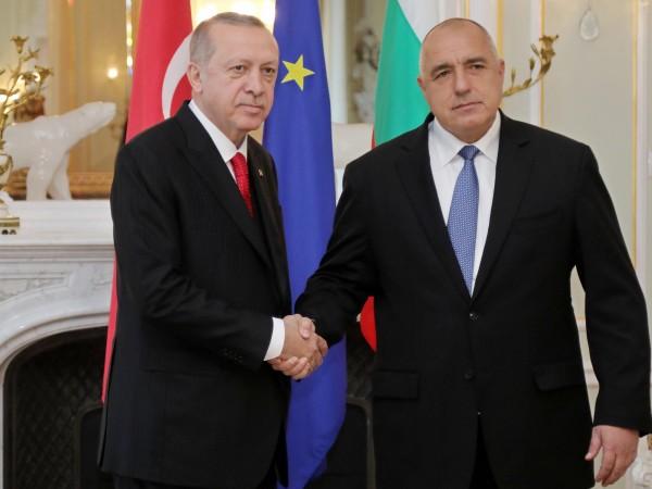 Премиерът Бойко Борисов разговаря по телефона с президента на Турция