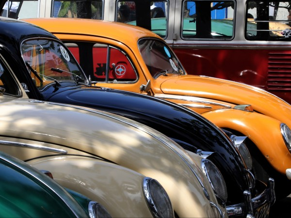 Ракеш Бабу от индийския град Чертала сглоби класически Volkswagen Beetle