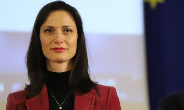 ЕК осигурила към 140 млн. евро за изследвания на новия вирус