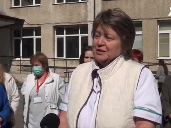 В Карлово медицинските сестри излязоха на спонтанен протест. По този