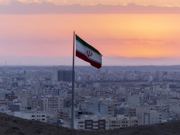 70 000 затворници в Иран ще бъдат пуснати на свобода