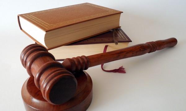 Варненци все по-активно се съдят за обида в нета