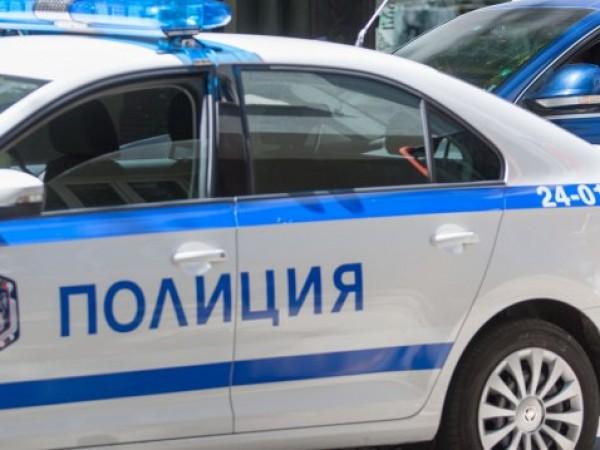 Полицаи откриха невредими две деца, изгубили се вчера край Любимец,