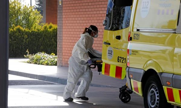 Над 70 смъртни случая от коронавирус в Испания за 24 часа