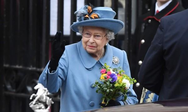 Колко струват кралските семейства на Европа?